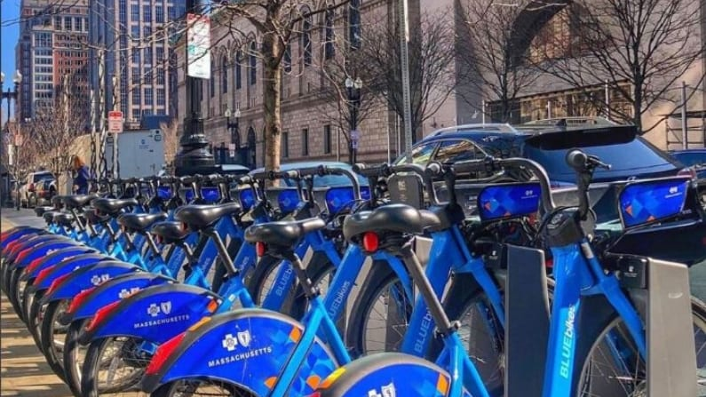 City of Boston Offers Free Bluebikes for Transport to Hospital Staff