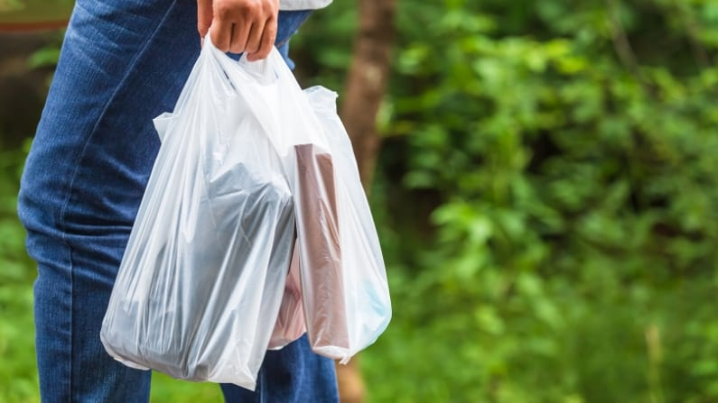 Baker bans reusable grocery bags amid coronavirus pandemic