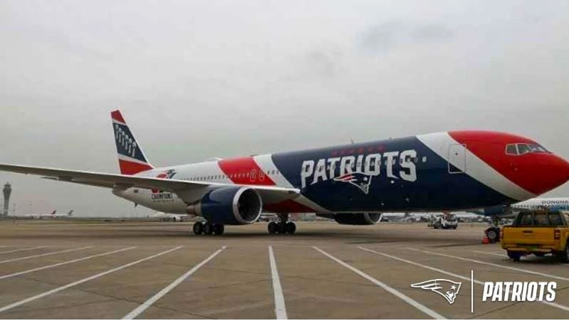 Patriots Team Plane Brings 1.2 Million Masks to the U.S.